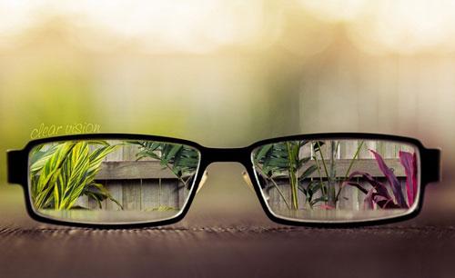 一般木质眼镜架和牛角架很少见